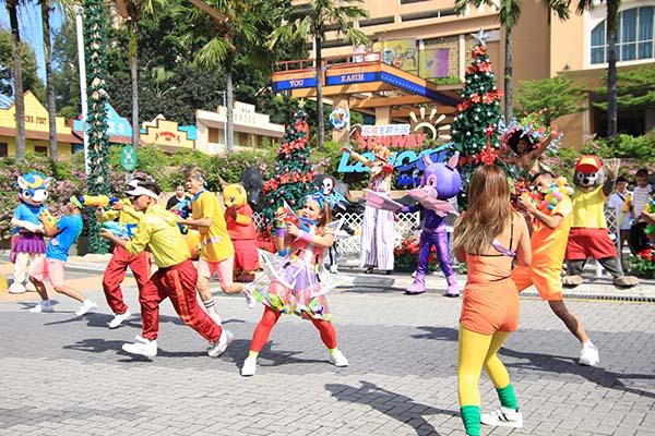CQF Summer Splash Parade