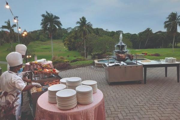 Golfer's_Terrace_Restaurant_4